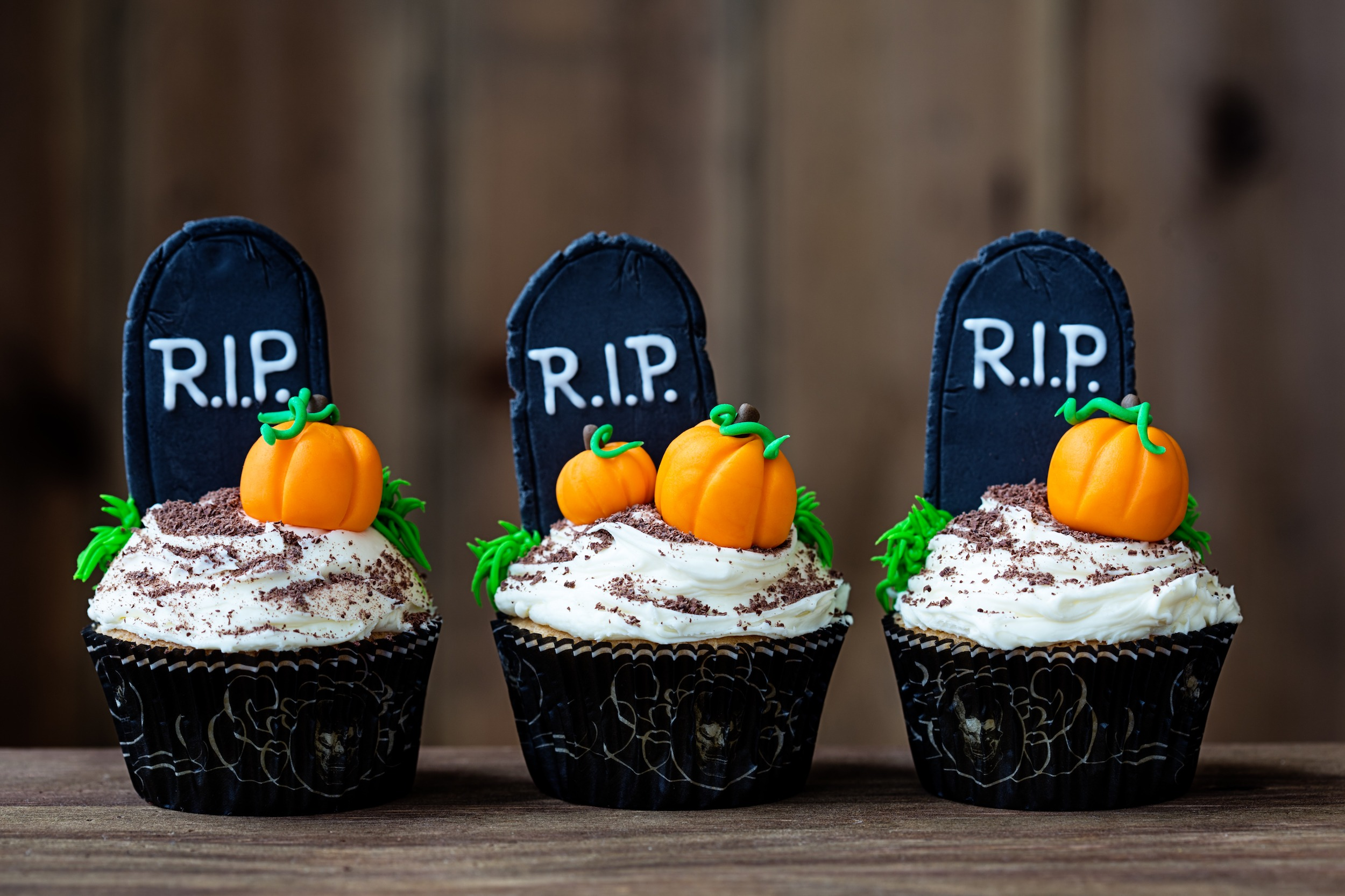 Cupcakes with a Halloween theme